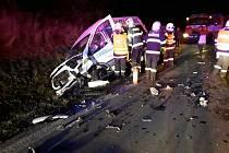 Dva lidé se zranili při srážce tří aut u Kozlova na Žďársku.