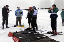 První biatlonové závody pro děti a dospělé  připravili Vlachovičtí už v roce 2013.