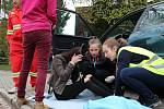 Jedním ze stanovišť žďárské soutěže mladých zdravotníků byla simulovaná autonehoda.