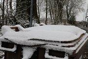 Sníh pokryl vše, co se dalo.