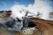 Ve žďárském gymnáziu se opět začne přednášet. V prvním tématu lidé poznají Island.