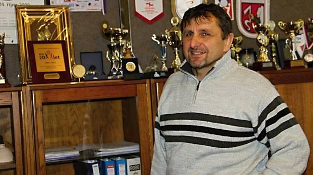 """Ve žďárském """"domě dětí"""" Luboš Straka pracuje šestatřicátým rokem, z toho pětadvacet let na pozici ředitele zařízení, které je příspěvkovou organizací města a nese dnes název Active středisko volného času."""