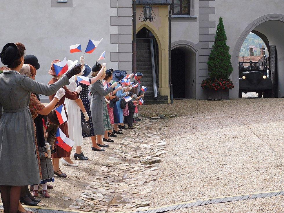 Historické slavnosti v areálu meziříčského zámku.