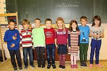 Na snímku jsou prvňáčci ze Základní školy ve Škrdlovicích, třída paní ředitelky Evy Hořínkové.