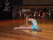 O předtančení se na plese postaraly novoměstské moderní gymnastky pod vedením Lenky Zdražilové.