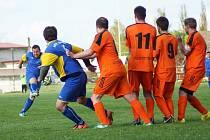 Bohdalec (v modrém) porazil Velkou Losenici 3:1 a nadále ztrácí na vedoucí Bohdalov B ve IV. třídě skupině A šest bodů.