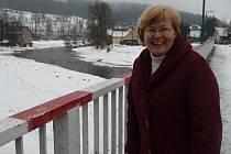 Vlasta Grohová je neuvolněnou starostkou v Unčíně. Díky její dlouholeté práci a práci zastupitelů má obec protipovodňová opatření (ve výřezu upravené koryto Svratky).