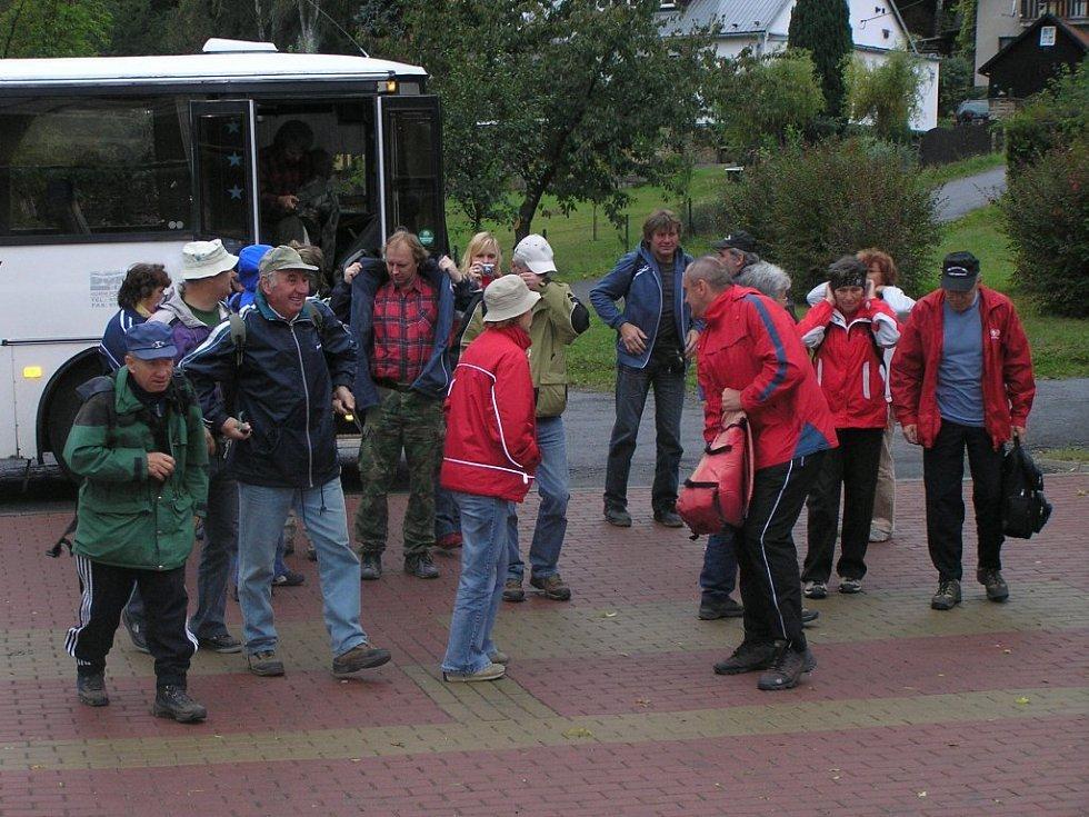 Devátý ročník turistického pochodu Vysočinou s názvem Jitřenka.