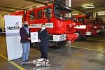 Krajským hasičům slouží tuto chvíli dvanáct termogenerátorů. Naposledy darovala hasičům přístroj firma Hettich.