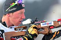 David Komatz musel sice při stojce také třikrát dobíjet, ale tlak na svou osobu zvládl, a Rakušané tak slavili v posledním závodě mistrovství Evropy senzační zlato.