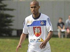 Po letech znovu oblékl Theodor Gebre Selassie dres FC Velké Meziříčí, kde s kopanou začínal. Podle vlastních slov se pak i v příští sezoně chystá strojit do soupravy Werderu Brémy.
