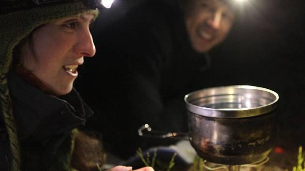 Snímek Causa Carnivora vznikl ve spolupráci s Hnutím Duha Olomouc. Přináší mimo jiné i vzácné záběry volně žijících šelem, které pořídily vlčí hlídky během dvanáctiletého monitoringu.