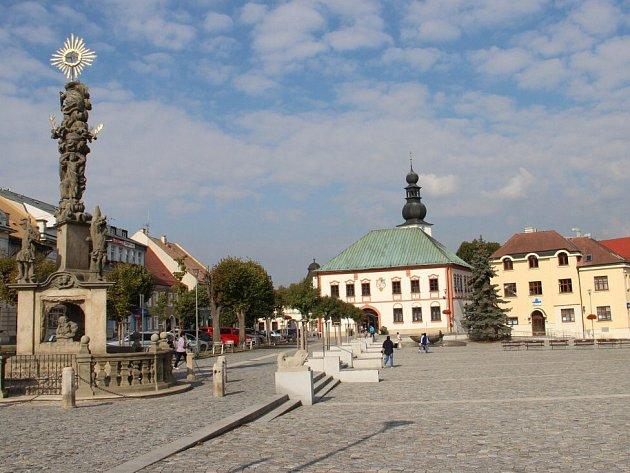 Stará radnice na Náměstí republiky ve Žďáře nad Sázavou.