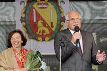 Prezident Václav Klaus s chotí Livií v Novém Městě na Moravě.