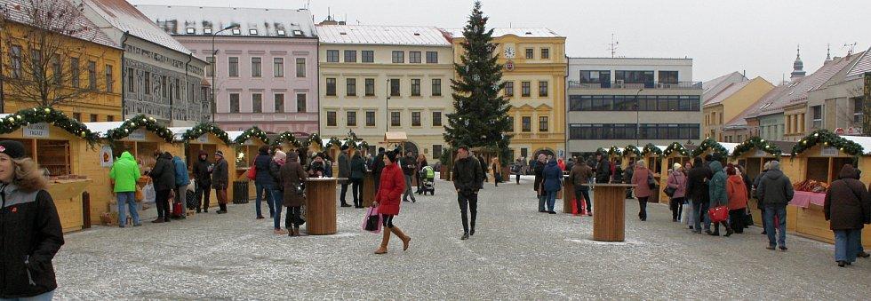 Vánoční trhy 2019 na třebíčském náměstí.