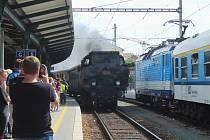 K nedvědickým Slavnostem pernštejnského panství vyjížďky parními vlaky po Tišnovce neodmyslitelně patří.
