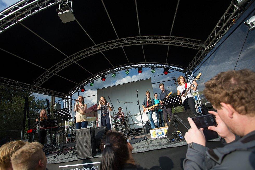 Organizátoři události se snaží dát prostor také méně známým regionálním kapelám.