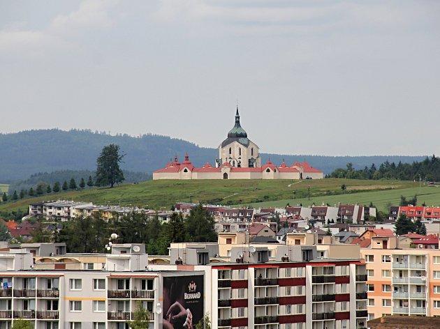 Věž kostela sv. Prokopa nabízí unikátní výhled.