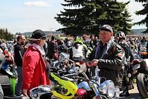 Motorkáři se v pátek 28. září sejdou na parkovišti u bítešské První brněnské strojírny, aby ukončili letošní sezonu.