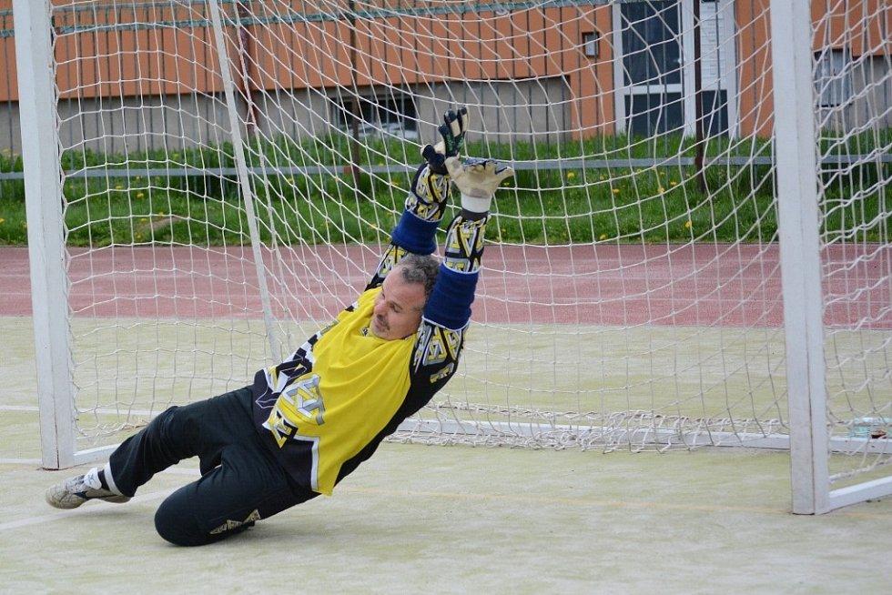 Proti penaltám Dominika Havlíka neměl brankář Psycha žádnou šanci.