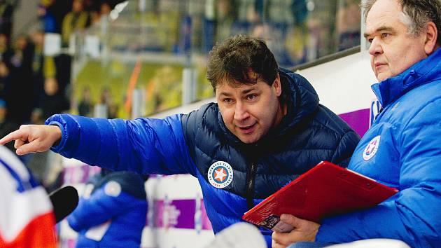 Hokejový kouč Martin Sobotka (vlevo) se chystá na angažmá na severu Moravy.