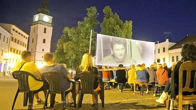 Letní kino ve Velkém Meziříčí.