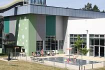 Venkovní část Relaxačního centra ve Žďáře nad Sázavou.