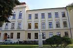 Gymnázium Vincence Makovského se sportovními třídami Nové Město na Moravě.