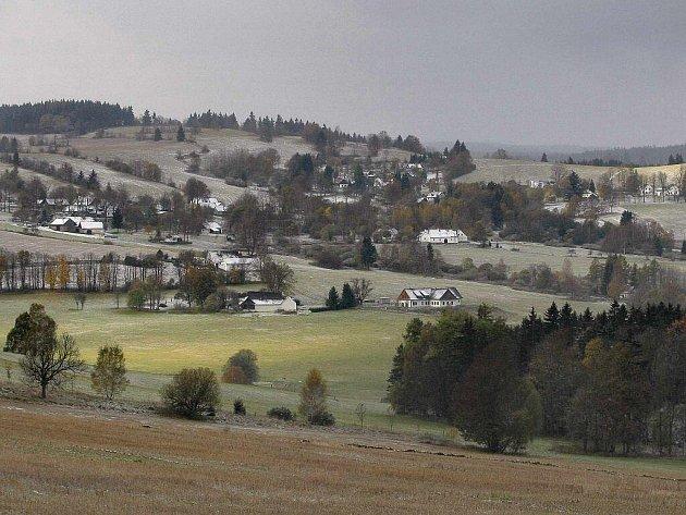 První sníh na Žďársku 21. října 2010.