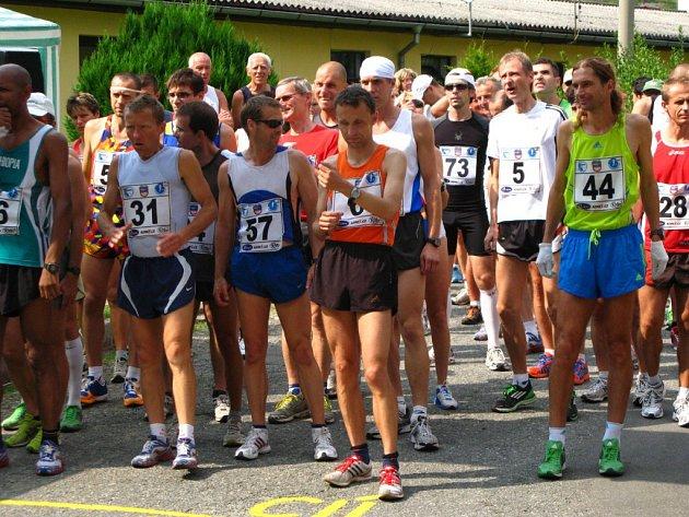 Běžci vyrazí kolem Vírské přehrady.