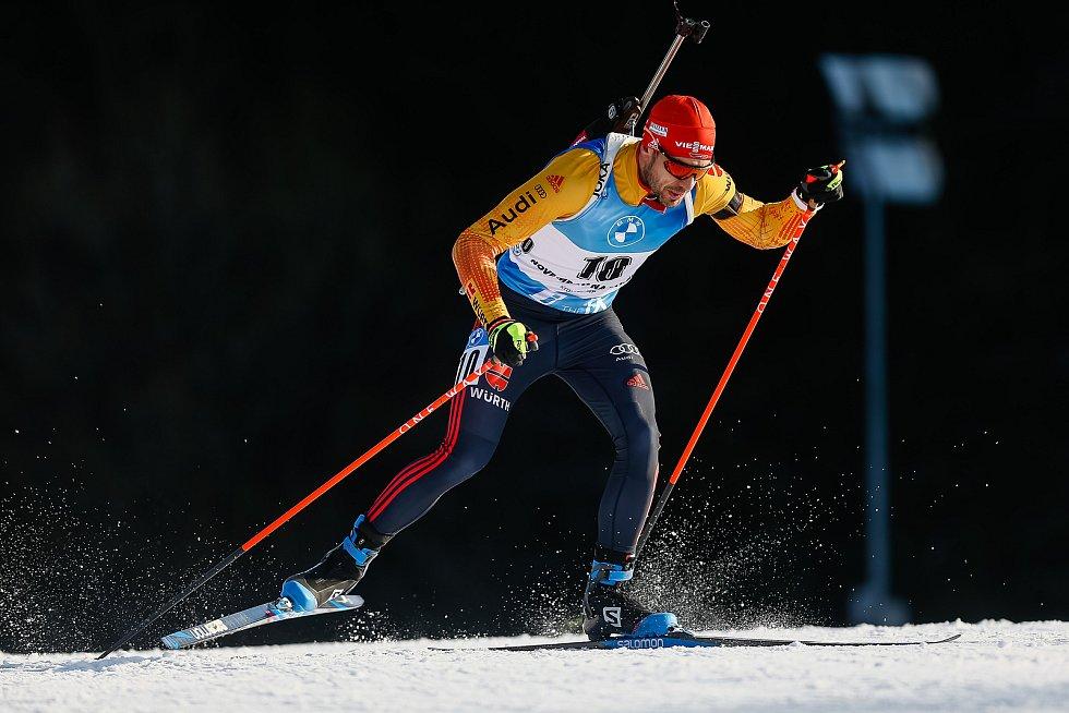 Arnd Peiffer v závodu Světového poháru v biatlonu v závodu sprintu mužů na 10 km..