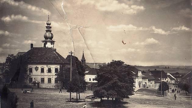 Muzejníci odpoví na otázky ze žďárské minulosti. Zájemce provedou městem