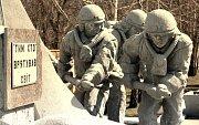 Památník likvidátorům, kteří jako první zasahovali na místě havárie černobylské elektrárny