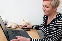 KOPRETINA. Gabriela Vítková je hlavní koordinátorkou bystřické Kopretiny –  centra pro rodiče s dětmi. To spadá pod Oblastní charitu ve Žďáře nad Sázavou.