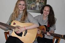Duo AMaTer, které tvoří sedmnáctiletá Tereza Syslová a stejně stará Martina Hájková, skončilo v soutěži Vysočina hledá talent na třetím místě.