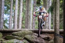 Vítězka závodu Pauline Prevot Ferrand ve SP kategorie žen elite v cross country horských kol v Novém Městě na Moravě.
