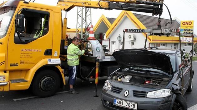 V případě nehody na opravované dálnici D1 musí odtahové služby zasáhnout co nejrychleji.