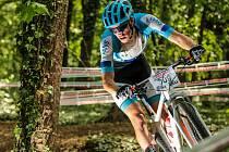 Žďárský biker Daniel Mayer vybojoval v Kutné Hoře stříbrnou medaili na MČR ve sprintu horských kol.
