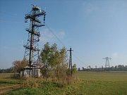 Ocelovým konstrukcím, které slouží ke sledování a měření námrazy, skončila podle stavebního povolení v roce 2005 lhůta pro jejich provoz.