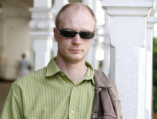Hlavní roli v novém filmu by si měl zahrát herec Jan Budař.  Podle informací Deníku ale zatím na roli nemá podepsanou smlouvu.