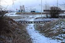 V rozpočtu se objevilo také půldruhého milionu korun na zřízení bezpečného přechodu pro pěší i cyklisty přes železniční koleje do průmyslové zóny.