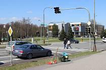 Na křižovatce nedaleko Domu kultury se loni odehrály celkem tři dopravní nehody, při nichž se dva lidé zranili těžce a dva lehce.