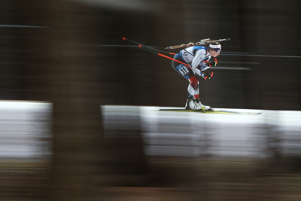 Jessica Jislová v závodu Světového poháru v biatlonu - stíhací závod žen na 10 km.