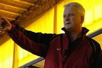 Trenér Petr Hampl.