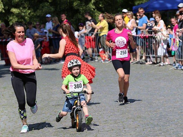 Šestiletý František bude mít díky Run for Help svoje rehabilitační křeslo.