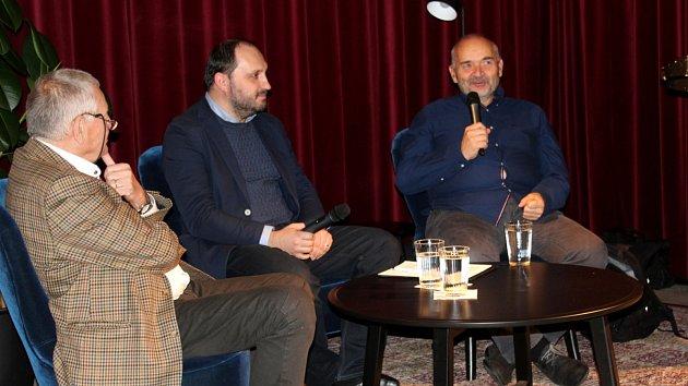 Burian a Hvížďala rozebrali revoluční i současnou dobu