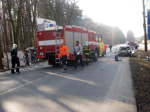 Nehoda u Sadské zavřela pražský tah