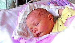 SOFINKA ZE SADSKÉ. SOFIE MARTINKOVÁ je malá slečna narozená 2. května 2017 v 8.44 hodin. Její míry byly 3 590 g a 50 cm. Ze svého prvního miminka se radují maminka Barbora a táta Lukáš.