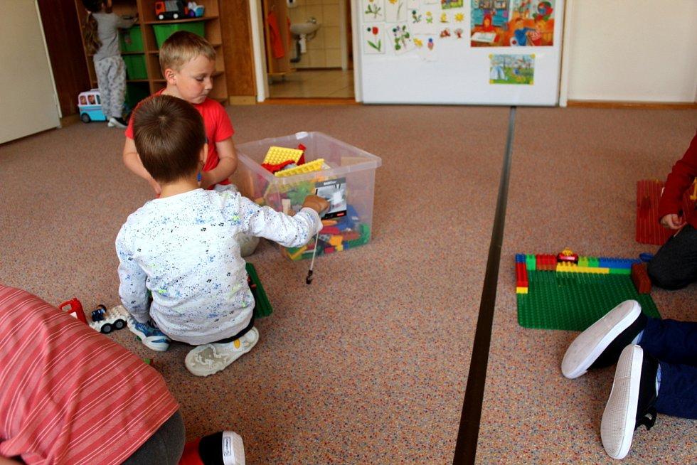 Všechny děti se vrátily i do Mateřské školky Růženka na nymburském Zálabí.