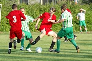 Ze zápasu I.B třídy skupiny B Lysá - Bezno (2:0).